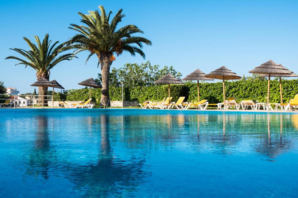 Consejos para elegir hotel con piscina en vacaciones
